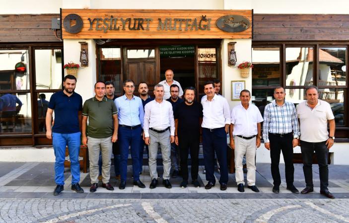 Yeşilyurt Lezzet Caddesi, Şefin Özel Konuğu Programına Ev Sahipliği Yapıyor