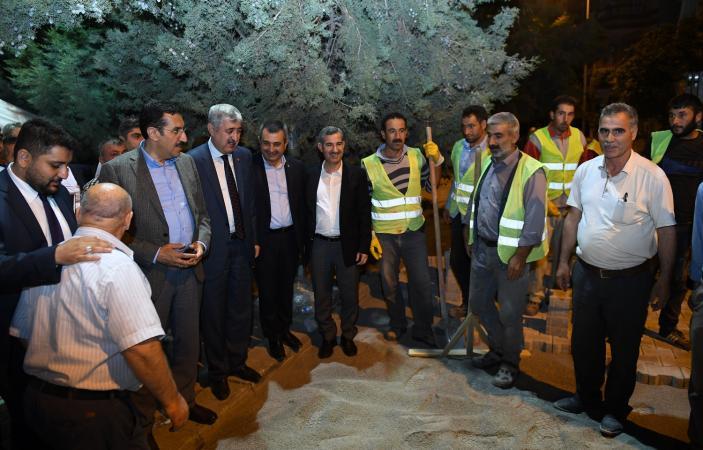 """Bakan Tüfenkci, """"Yeşilyurt Belediyesi Hizmetleriyle Göz Dolduruyor"""""""