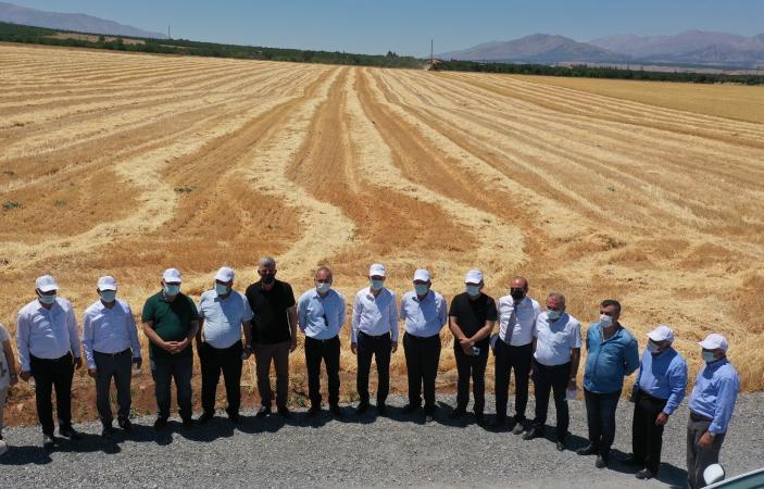 """""""Tarımsal Vizyonumuzu Örnek Projelerle Geliştiriyoruz"""""""